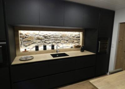 cuisine-moderne-noir-mat-boishardy-1-400x284
