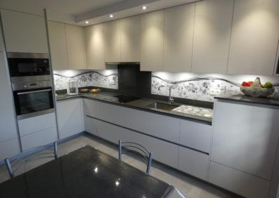 cuisine-moderne-sans-poignée-boishardy-400x284