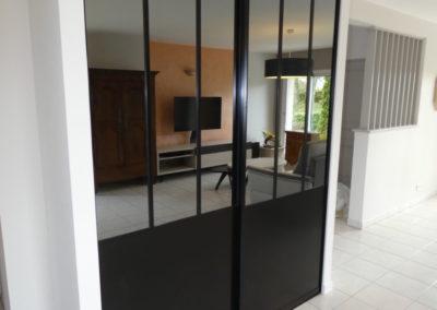 facade-coulissante-noir-indus-400x284